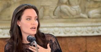 Angelina Jolie presentó en Camboya su película