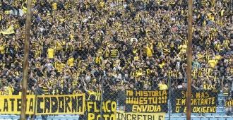 Peñarol en marcha triunfal; once victorias al hilo
