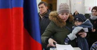 Alta afluencia a las urnas al comenzar jornada electoral a pesar del frío