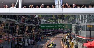 Ricciardo logra la 'pole' en Mónaco, con Alonso séptimo y Sainz octavo