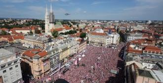 Fiesta de rojo y blanco en Croacia para el regreso de los vice campeones mundiales de fútbol