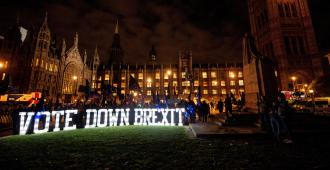 El Gobierno descarta permitir el debate de la moción laborista contra May