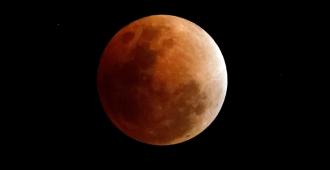 Un eclipse total de luna ser� visible desde todo Uruguay