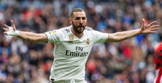 Benzema supera a Luis Suárez