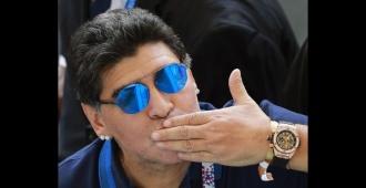 """Representante de Maradona pide """"cari�o y acompa�amiento"""" para el exfutbolista"""