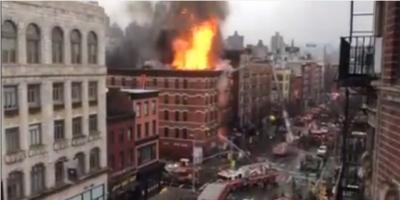 Doce heridos en colapso e incendio de edificio en Nueva York; Vea el video