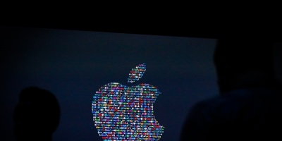 El nuevo modelo de iPhone de Apple llega en un ambiente tenso