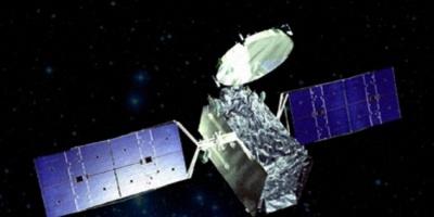 Brasil recibe un satélite francés mientras recalcula inversiones en defensa