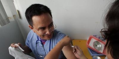 Las pruebas de una nueva vacuna contra el sida reavivan la esperanza