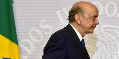 """Canciller de Brasil José Serra presenta su renuncia por """"problemas de salud"""""""