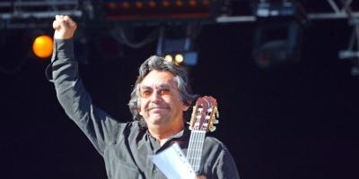 Falleció en París cantautor el chileno Angel Parra a los 73 años
