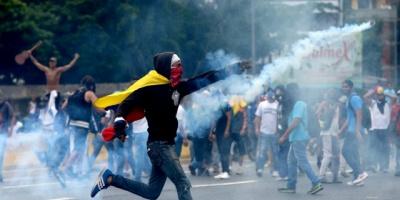 Dos muertos en protestas en Venezuela
