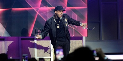 Nicky Jam triunfa en premios Billboard latinos