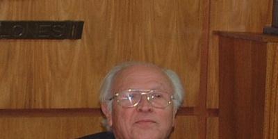 Falleció el tres veces intendente canario Tabaré Hackenbruch