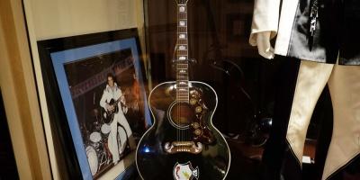 Hace 40 años fallecía Elvis Presley, la primera estrella de rock
