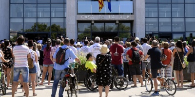 """""""No tengo miedo"""", grita Barcelona tras los atentados"""
