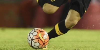 Peñarol goleó 4-0 al Tanque Sisley