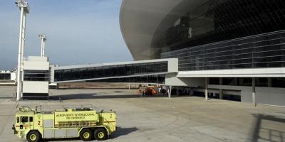 Controladores aéreos postergan medidas gremiales