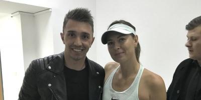 Muslera fue al tenis y se sacó una foto con Sharapova