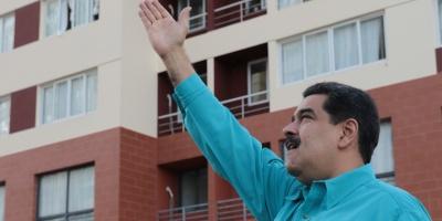 """Maduro pide a Fuerza Armada impedir resurgimiento de """"violentos"""" en protestas"""