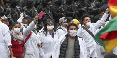 La huelga de médicos bolivianos toca las celebraciones de año Nuevo