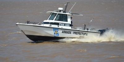 Rescatan adolescente en el río Santa Lucía