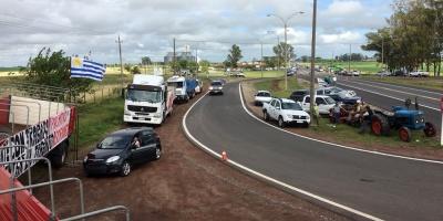 Productores se movilizan en viarios puntos del país
