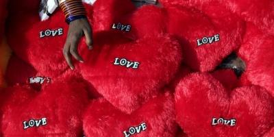 De U2 a Jack White, los más grandes de la música cantan al amor