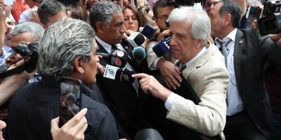 Oficialismo respalda a Vázquez tras insultos de productores