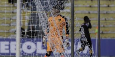Peñarol cedió dos puntos y Nacional puede quedar como único líder