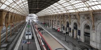 El tráfico de trenes en Francia se recuperará mañana de forma progresiva
