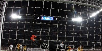 """La prensa debate el pase del Real Madrid: """"fue penal"""", """"robo"""", """"pánico"""""""