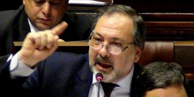 Gandini rechazó idea de eliminar sala de conferencias del Palacio Legislativo