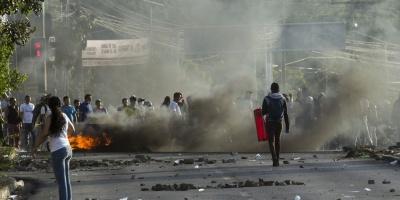 Nicaragua: Ortega da marcha atrás