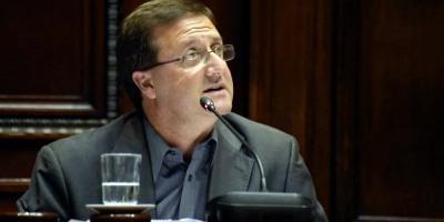 Defensa de De León criticó informes de Jutep sobre tarjetas