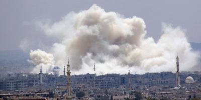 Nuevos ataques aéreos y de artillería contra zonas en manos del EI en Damasco
