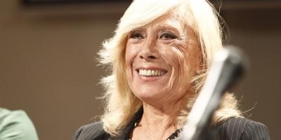 Amelita Baltar presenta su nuevo disco con la Filarmónica de Montevideo