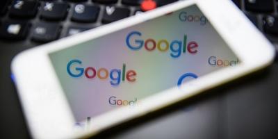 Una ONG denuncia a Google y Facebook por forzar a aceptar sus términos de uso