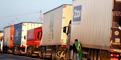 Paro de los camioneros en Brasil genera desabastecimiento en Rivera