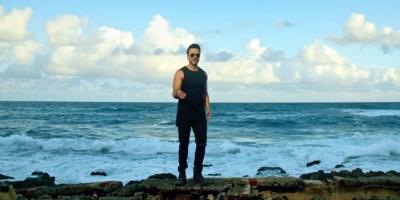 Luis Fonsi regresa a su Puerto Rico con presentaciones rítmicas y románticas