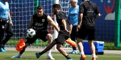 Uruguay regresa a los entrenamientos sin Cavani