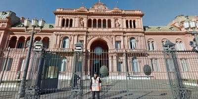 """Gobierno argentino admite que su economía atraviesa un """"clima tormentoso"""""""