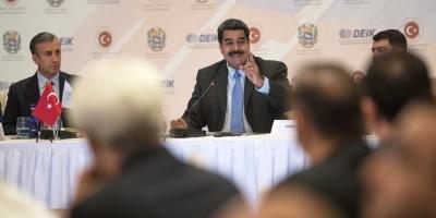 Nicolás Maduro busca en Estambul inversiones turcas para Venezuela