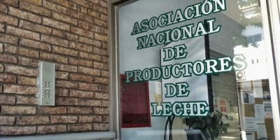 Productores de leche califican de injusto al reclamo de los trabajadores de CONAPROLE