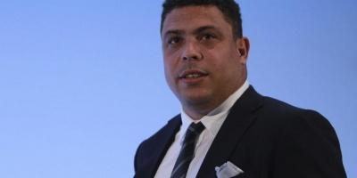 El brasileño Ronaldo recibe el alta tras cuatro días internado