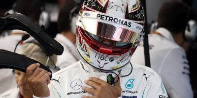 Hamilton va por el quinto título