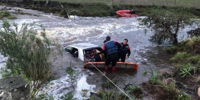 Cuatro personas murieron ahogadas en Rivera luego de ser arrastrado el vehículo en el que viajaban