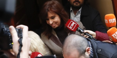 Un fiscal argentino pide ratificar la orden de detención a Cristina Fernández