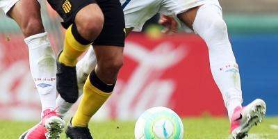 Peñarol lidera el Clausura y Nacional perdió contra Boston River