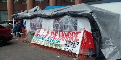 Tres trabajadores de MontevideoGas cumplen segundo día en huelga de hambre